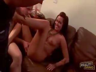 apina pillua porno