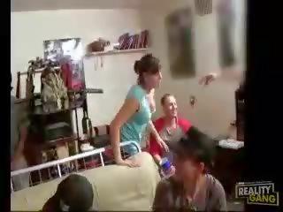teini Slumber puolue porno